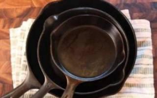 Как убрать ржавчину с чугунной сковороды?