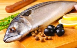 Как избавиться от запаха рыбы в кастрюле?