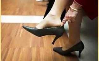 Как разносить обувь которая жмет в домашних условиях?