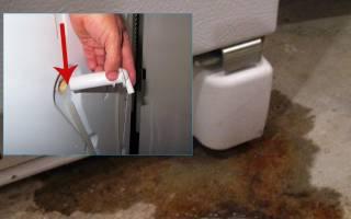 В холодильнике скапливается вода под ящиками