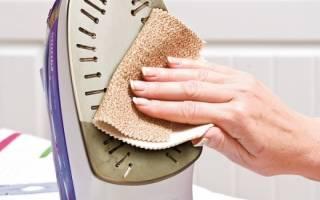 Как можно очистить утюг от пригара на подошве в домашних условиях?