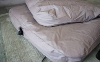 Как заклеить надувной матрас?