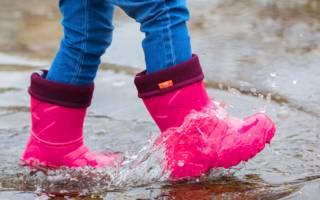 Как выбрать резиновые сапоги ребенку?